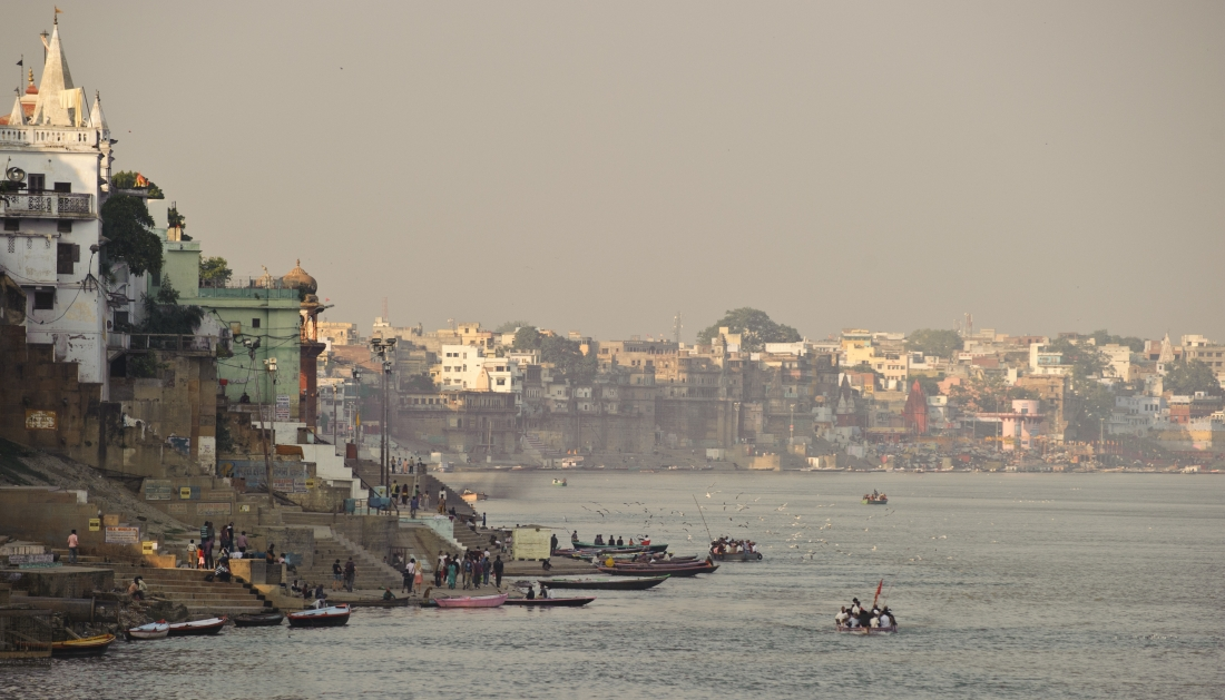 India_Varanasi_ep1_01