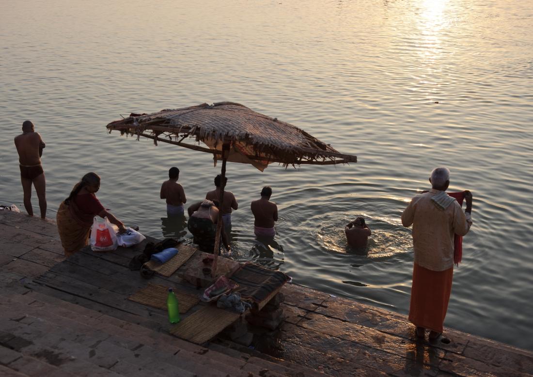 India_Varanasi_ep1_05