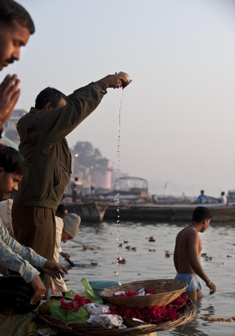 India_Varanasi_ep1_14