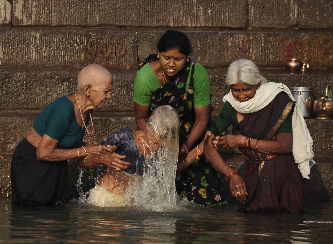 India_Varanasi_ep1_17
