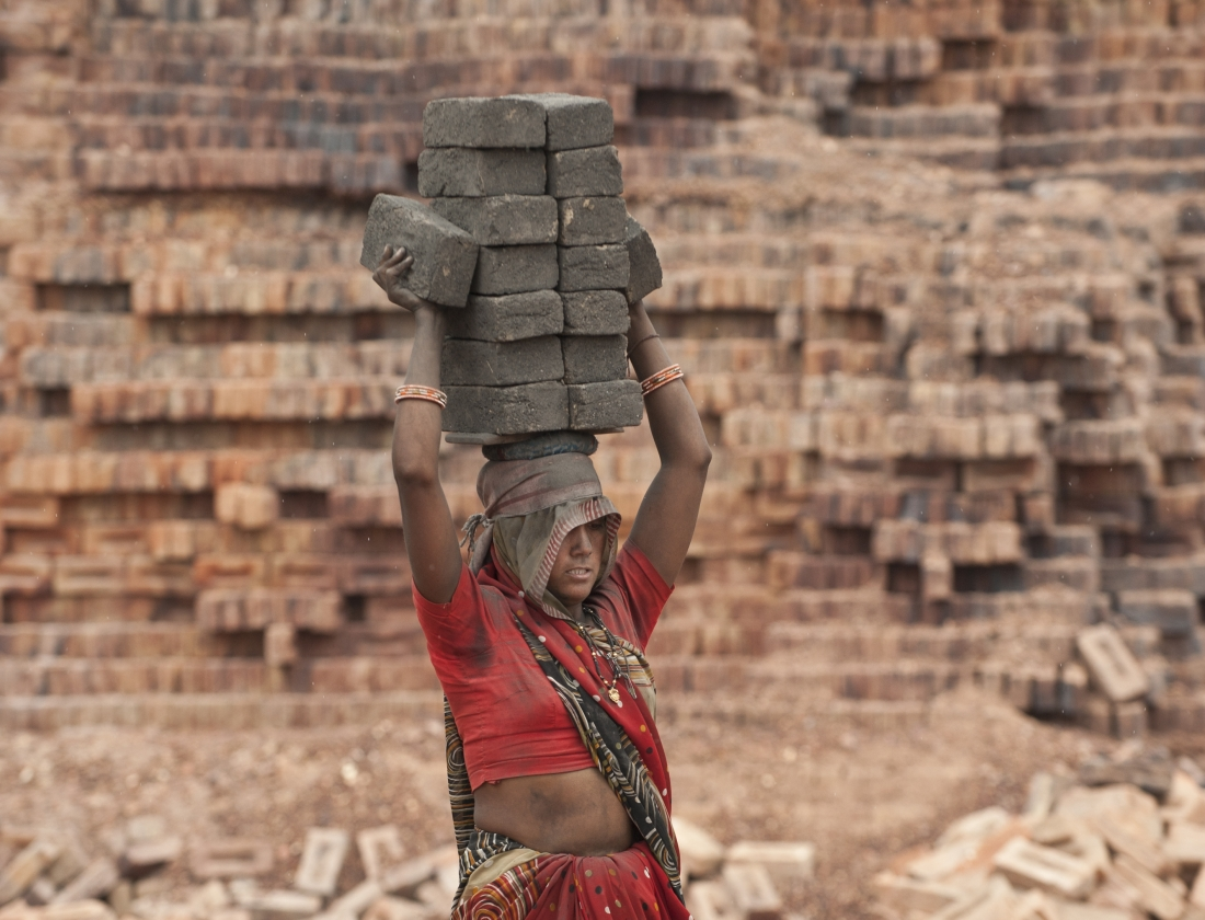 India_workers_ep2_07