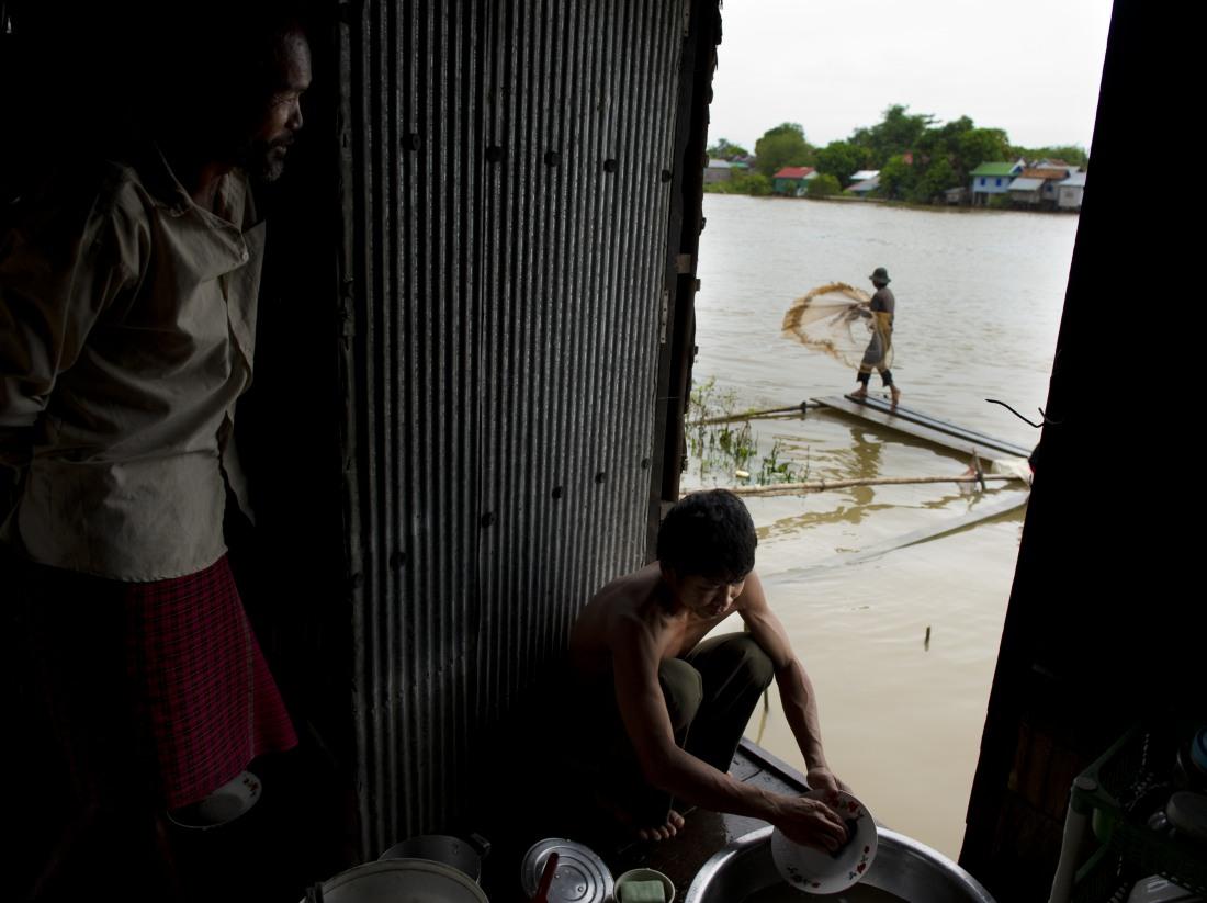 13_satul_cambodgian_ep_I