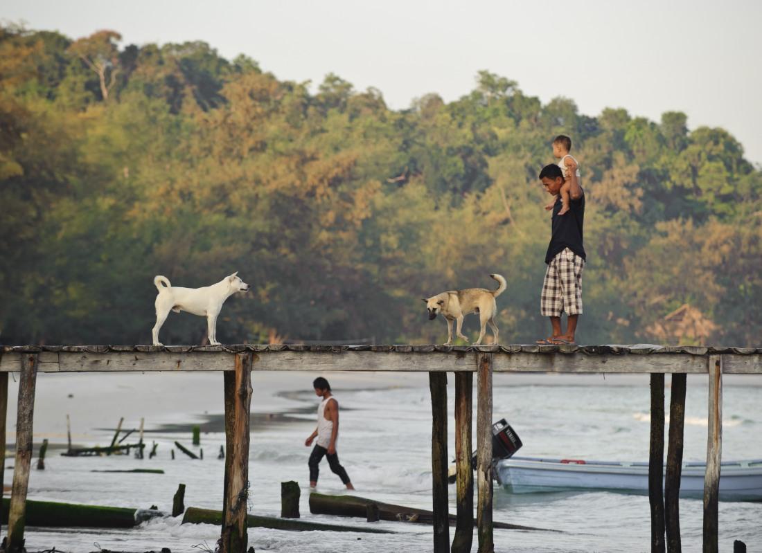 40_satul_cambodgian_ep_I