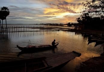 44_satul_cambodgian_ep_I